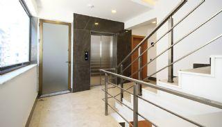 Centrally Located Antalya Apartments Close to the Sea, Antalya / Center - video