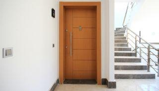 Centraal Gelegen Appartementen in Antalya Dicht bij de Zee, Antalya / Centrum - video