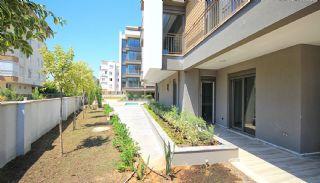 Lara'da Akıllı Ev Sistemiyle Donatılmış Lüks Daireler, Antalya / Lara - video