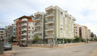 Resale Apartment in Lara Antalya with Separate Kitchen, Antalya / Lara - video