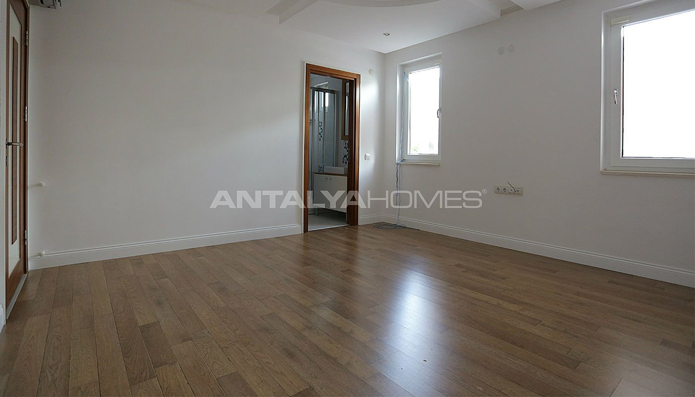 Antalya villa walking distance to many amenities for Duplex home interior photos
