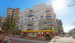 Hurma Mahallesinde Konforlu ve Geniş Lüks Daireler, Antalya / Konyaaltı - video