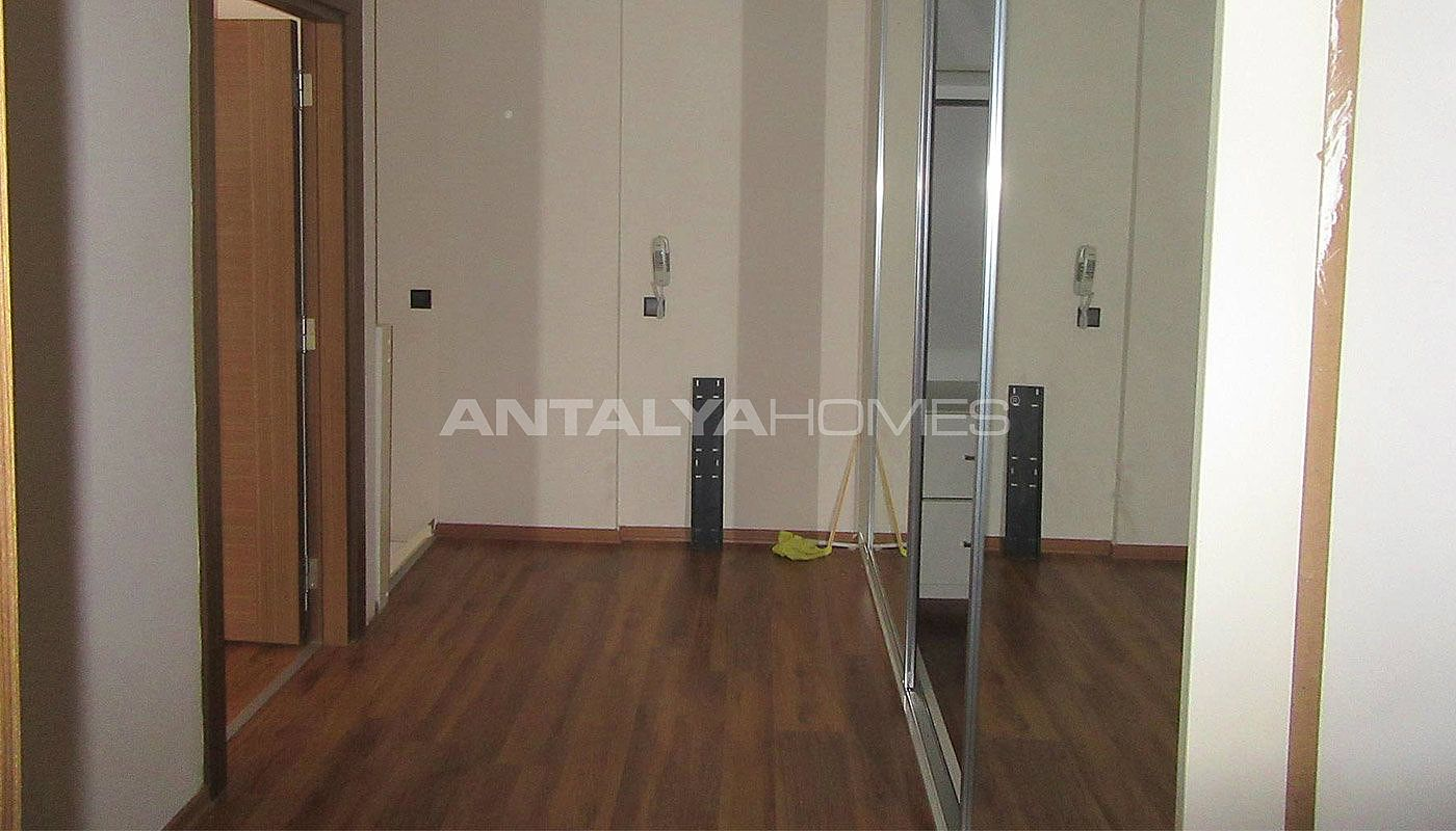 Spacious apartment in konyaalti close to daily amenities for Duplex bed