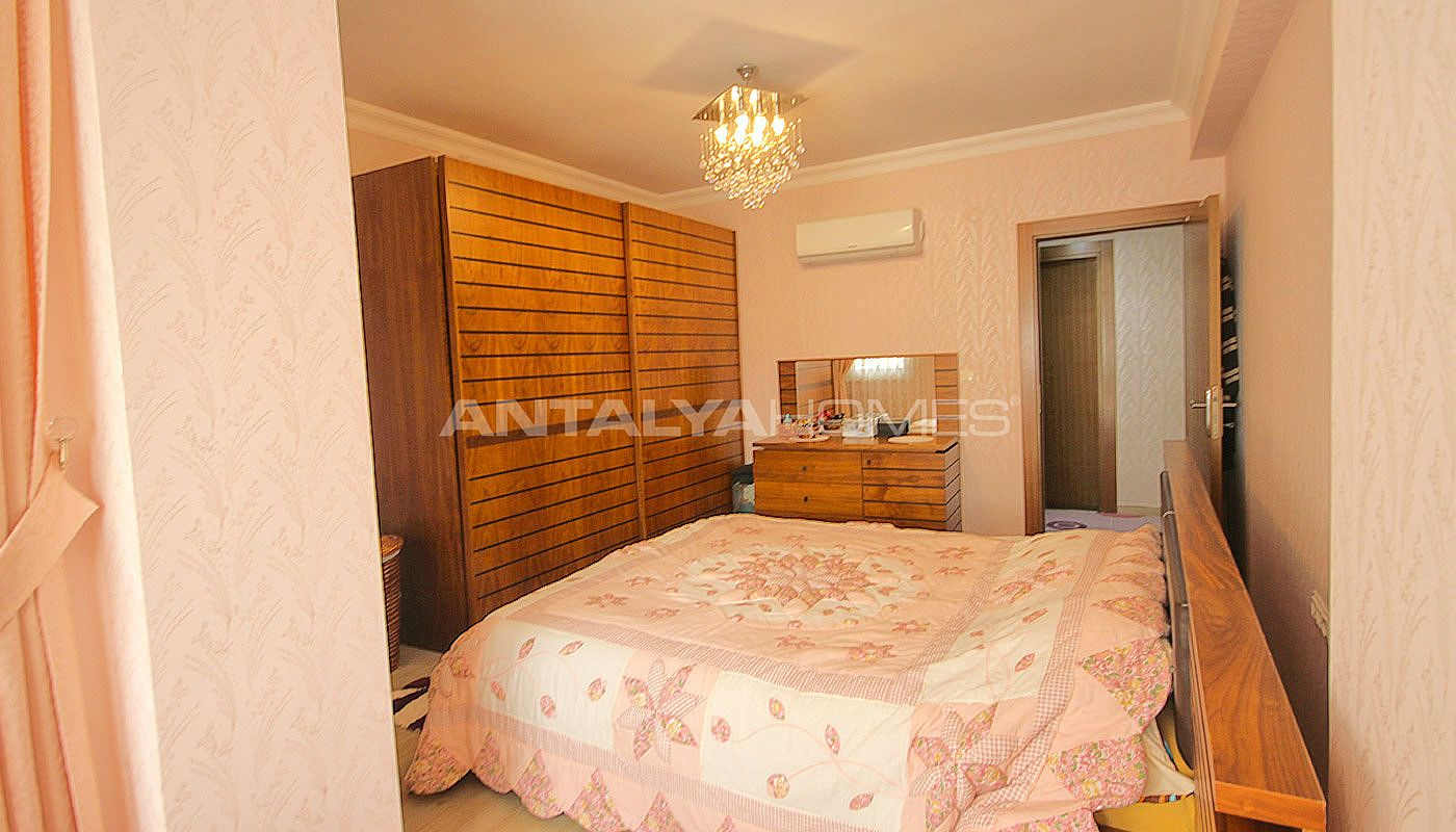 antalya wohnung entfernt vom l rm der stadt. Black Bedroom Furniture Sets. Home Design Ideas