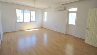 2+1 Appartement met Gescheiden Keuken in Konyaalti, Antalya / Konyaalti