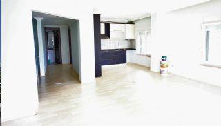 Spacious Konyaalti Apartment 500 mt to The Beach, Interior Photos-1