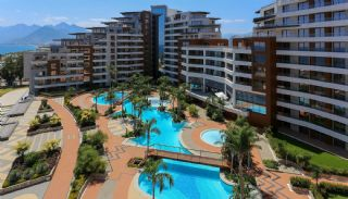 Beachfront Flats with Smart Home System in Antalya Turkey, Antalya / Konyaalti - video