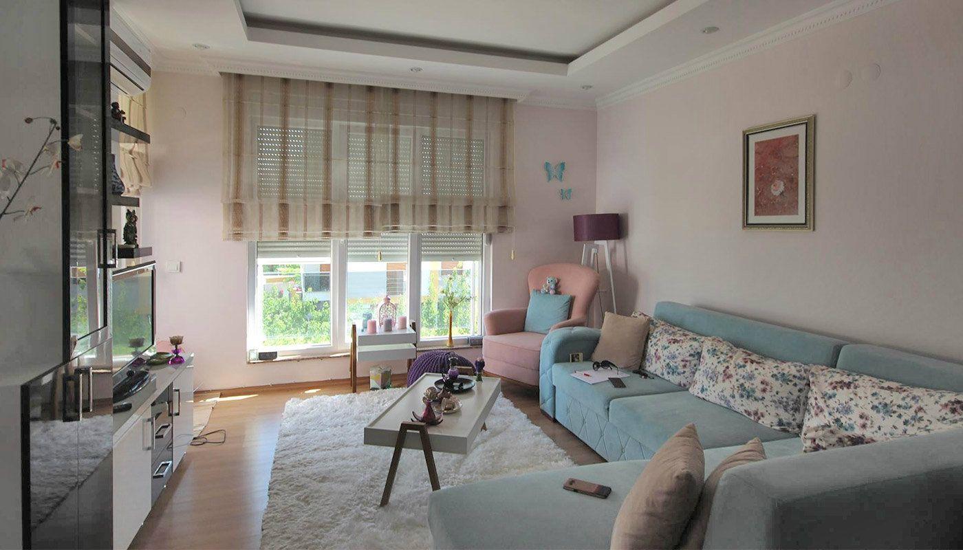 appartement pr t avec appareils de cuisine konyaalti hurma. Black Bedroom Furniture Sets. Home Design Ideas