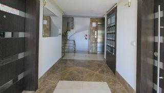 Möblierte Wohnung in der Nähe des Meeres in Konyaalti, Antalya / Konyaalti - video