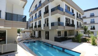 Luxury Flats with Natural Gas Infrastructure in Antalya, Antalya / Lara - video