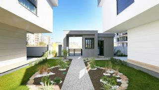 Antalya Houses in the Low-Rise Residential Complex, Antalya / Lara - video