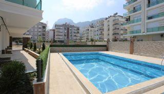 Modern Real Estate with Swimming Pool in Antalya, Antalya / Konyaalti - video