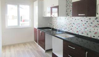 Roomy 3+1 Flat with Separate Kitchen in Konyaaltı, Interior Photos-10