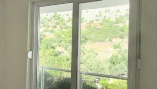 Roomy 3+1 Flat with Separate Kitchen in Konyaaltı, Interior Photos-16