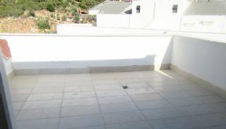 Roomy 3+1 Flat with Separate Kitchen in Konyaaltı, Interior Photos-19