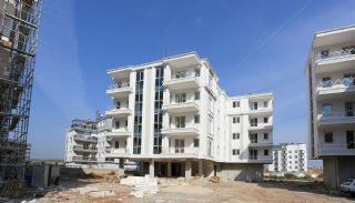 Kepez Flats in the Modern Complex with Swimming Pool, Construction Photos-9