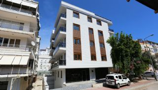 Centrally Located Antalya Flats Close to Ataturk Park, Antalya / Center - video
