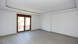 Centrally Located Antalya Flats Close to Ataturk Park, Interior Photos-2