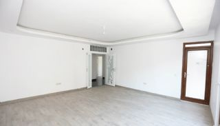 Centrally Located Antalya Flats Close to Ataturk Park, Interior Photos-4
