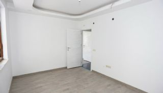 Centrally Located Antalya Flats Close to Ataturk Park, Interior Photos-16
