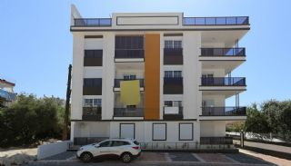 Double Fronted Flats with Natural Gas in Antalya Center, Antalya / Center - video