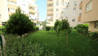 Ruime Appartementen Korte afstand Konyaaltistrand Antalya, Antalya / Konyaalti - video
