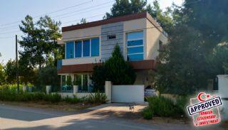 Döşemealtı'nda Doğayla İç İçe 4+1 Müstakil Villa, Antalya / Döşemealtı