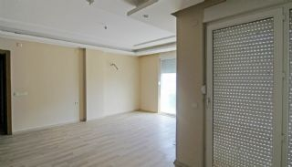 Well-Located Konyaalti Flats Close to the Social Facilities, Interior Photos-8