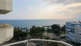 Central 4+1 Antalya Apartment Near the All Conveniences, Antalya / Center