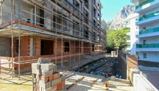 Well-Located Modern Apartments in Antalya Konyaalti, Construction Photos-6