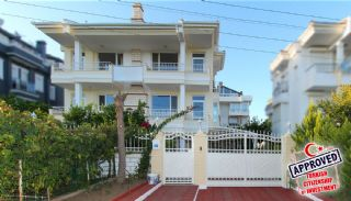 Lara Ermenek'te Doğa İle İç İçe Tripleks Müstakil Villalar, Antalya / Lara