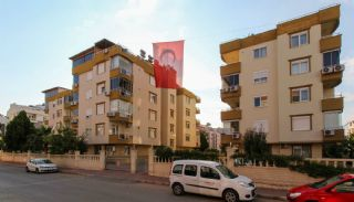 Cozy Apartments Close to Social Facilities in Lara Antalya, Antalya / Lara