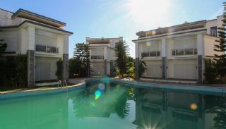 Luxueuze Triplex Villa's in Lara Antalya 1 km van Strand, Antalya / Lara - video