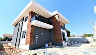 Döşemealtı'nda Kalabalık Ailelere Uygun Müstakil Villa, İnşaat Fotoğrafları-3