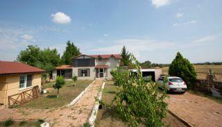 Charmante Duplex Villa Midden in de Natuur in Antalya, Antalya / Kepez - video