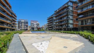 Eco-Friendly Apartment Close to Social Amenities in Antalya, Antalya / Center - video