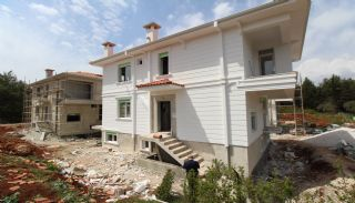 Uninterrupted Forest View Villas in Dosemealti Antalya, Construction Photos-2