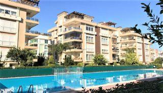 Instapklaar appartement dichtbij zee in Konyaaltı Antalya, Antalya / Konyaalti - video