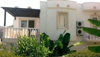 Appartement Pret à S'installer à Vendre à Bodrum, Yalikavak / Bodrum - video