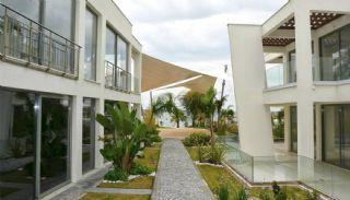 Bodrum'da Satılık Denize Sıfır Daireler, Bodrum / Gümbet - video