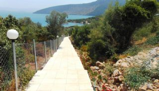 Seafront Apartments for Sale in Bodrum, Bodrum / Kiyikislacik - video