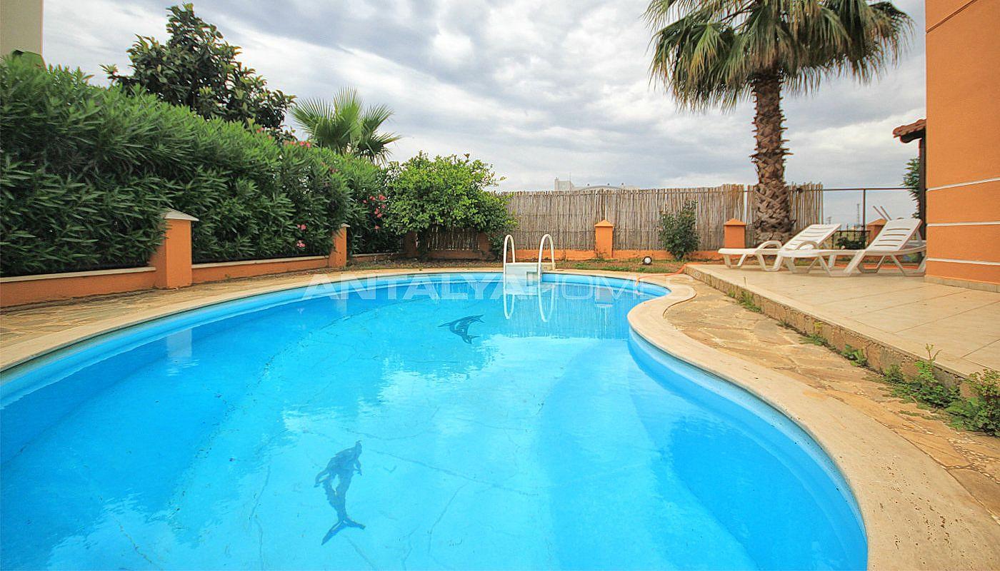 villa meubl e de 4 chambres belek en turquie avec piscine priv e. Black Bedroom Furniture Sets. Home Design Ideas