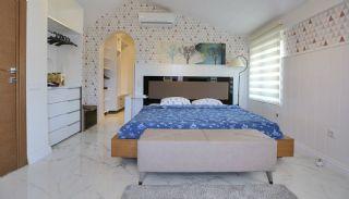 Kadriye'de Müstakil Girişli ve Havuzlu 3+1 Eşyalı Villa, İç Fotoğraflar-7
