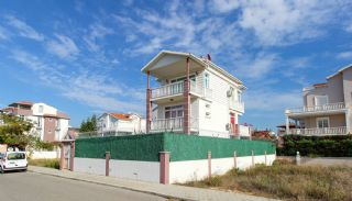 Peacefully Located Investment 4+1 House in Belek, Belek / Center
