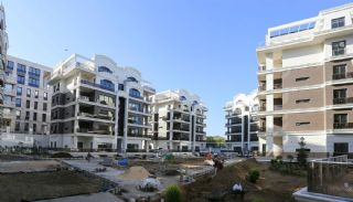 Centrally Located Impeccable Apartments in Bursa, Construction Photos-1