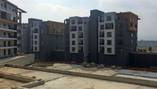 Smartly Designed Apartments Offering Happy Life in Bursa, Construction Photos-4