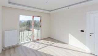 Sea View Real Estate in the Developing Area of Bursa, Interior Photos-14