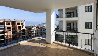 Sea View Real Estate in the Developing Area of Bursa, Interior Photos-17