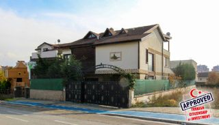 Bursa Nilüfer'de Geniş Bahçeli Lüks Tasarlanmış Villa, Bursa / Nilüfer