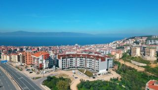 Spacious Flats with Breathtaking Sea View in Bursa, Bursa / Mudanya - video